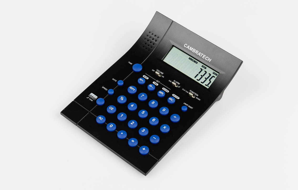 Calculatrice de table/réveil, allemand